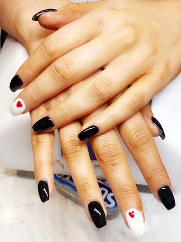 royal-nails-spa-nail-spa-salon-novi
