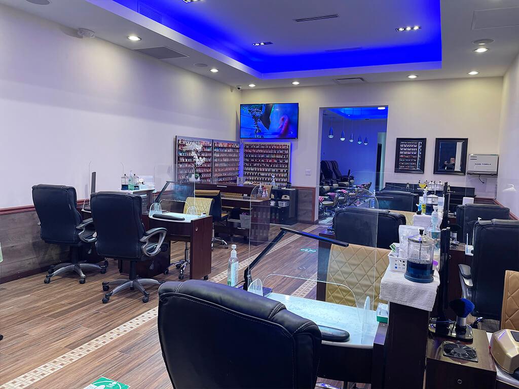 Nail salon in novi